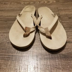Rainbow sandals  / tan / lightly worn / size 7